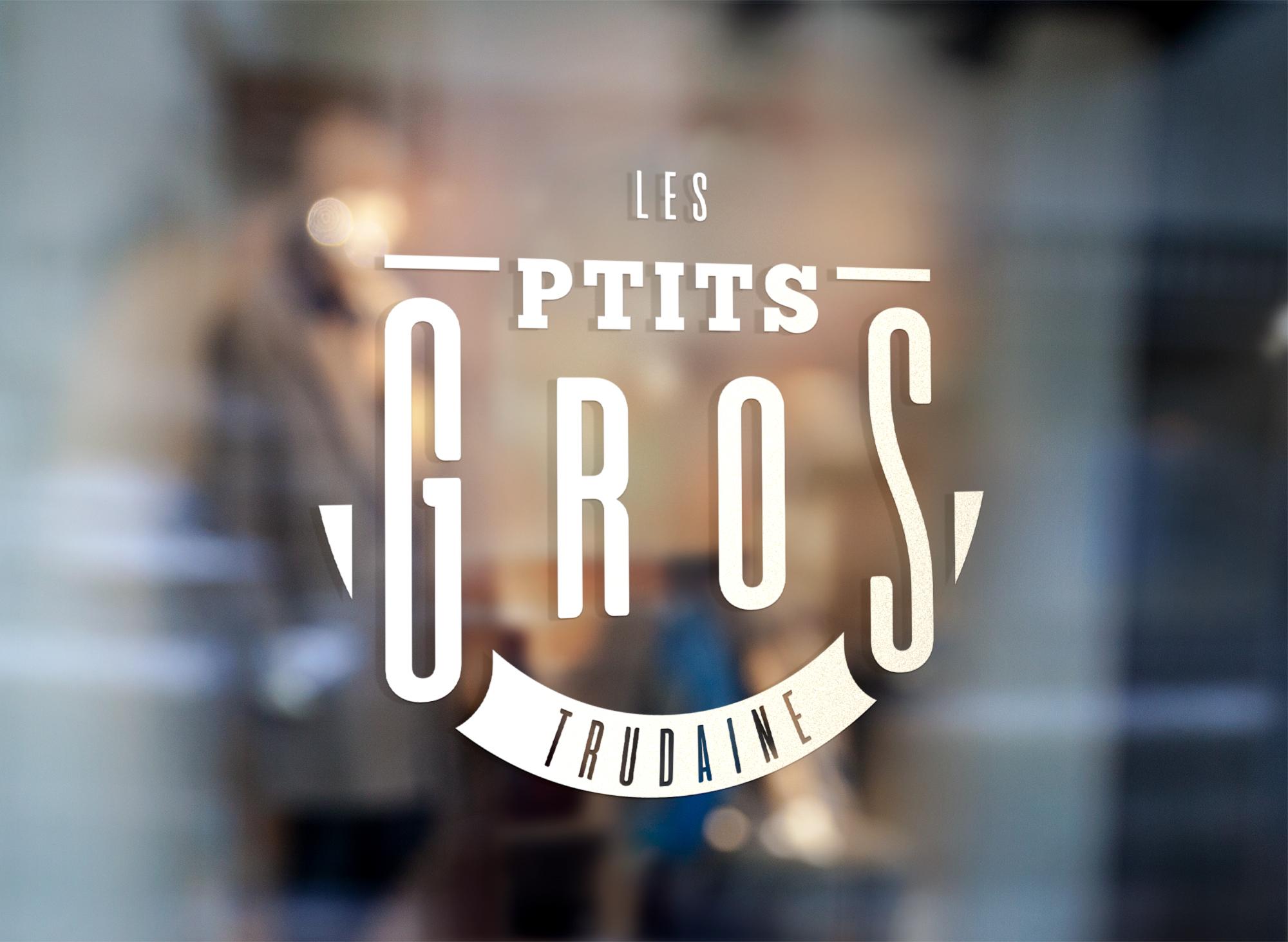 Création du logo des Ptits Gros - bistro Parisien _ création WALA studio graphique